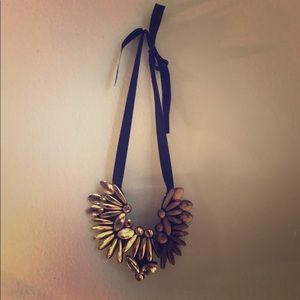 Jewelry - Breastplate style necklace